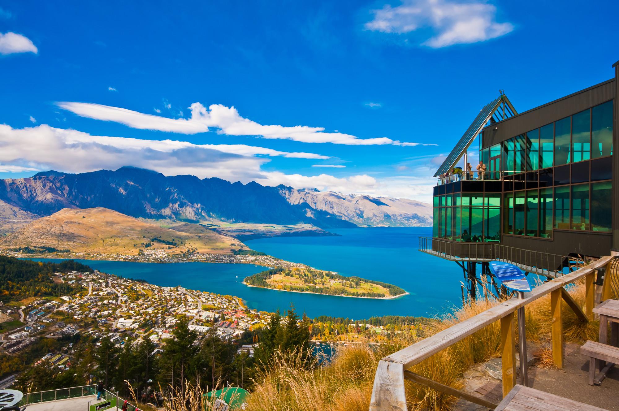 Top 7 Best Places to Eat in Queenstown, New Zealand